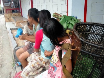 Murid Seay Lama Jadi Penjual Sayur dan Pemulung untuk Bantu Ekonomi Keluarga